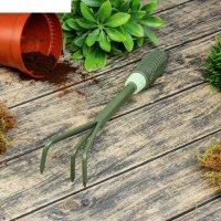 Рыхлитель 35 см, рукоять пластик рельефная болотного цвета