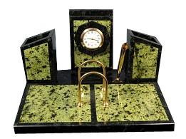 Письменный прибор бумажница с часами и календарь