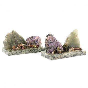 Сувенир скала чароит нефрит