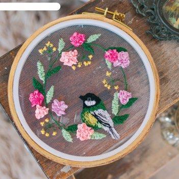 Набор для вышивания на пяльцах венок из живых цветов