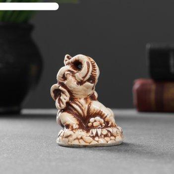Фигура слон на траве 5,3х4,8х4,2 см 1414595