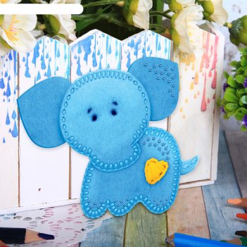 Набор для создания игрушки из фетра слоник