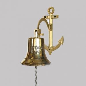 Рында - колокол корабельный titanicна кронштейне якорь