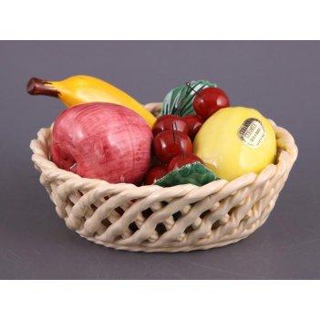 Корзина с фруктами.длина=20 см