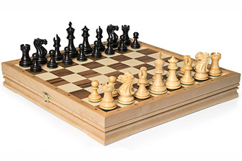 Шахматы средние, самшит, эбен, король 8,2см, утяжеленные 37х37см