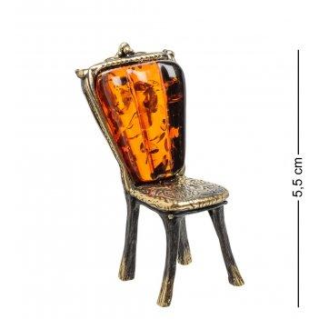 Am-1563 фигурка стул резной (латунь, янтарь)