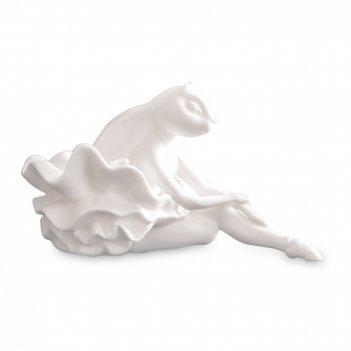 Подсвечник «кролик-балерина», размер: 19 х 10 см, материал: фарфор, цвет: