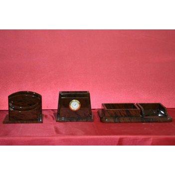 столы из обсидиана