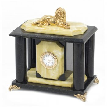 Часы лев офиокальцит 180х120х180 мм 2900 гр.