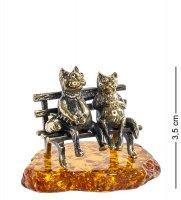 Am-1053 фигурка коты пара (латунь, янтарь)