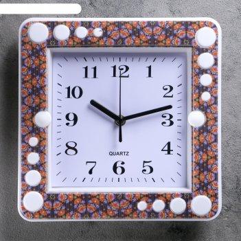 Часы настенные квадрат, рама под дерево, циферблат белый, 26*26*4 см.