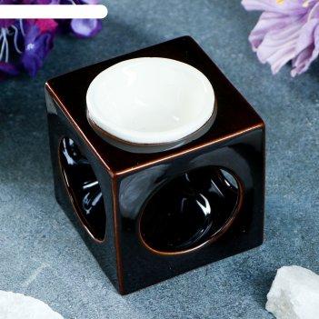 Аромалампа куб чёрно-белая, 8.5 см