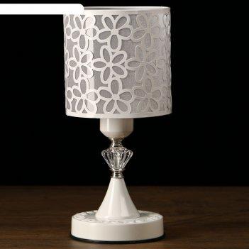 Лампа настольная белые цветы 40w e27 белый 14,5х14,5х31 см