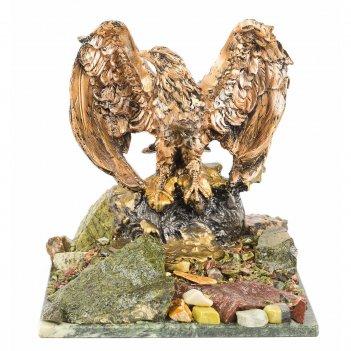 Статуэтка орел змеевик 240х240х270 мм 4700 гр.