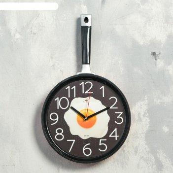 Часы настенные сковорода 25х43см, корпус красный с черным, плавный ход