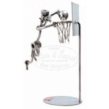 038 - баскетболист