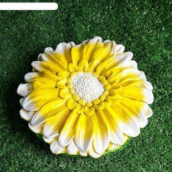 Садовая фигура декор на траву гербера золотая 21,5х5см