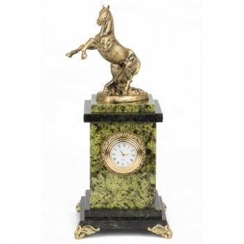 Часы вздыбленный конь змеевик статуэтка мрамолит 105х105х250 мм 1500 гр.