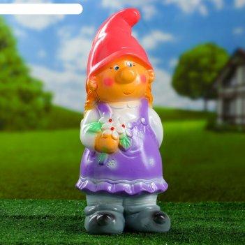Садовая фигура гном девочка с цветами 13,5х17х40 см микс