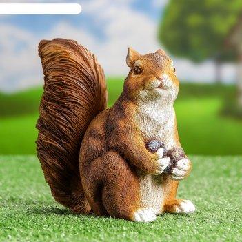 Садовая фигура белка с двумя орешками, микс