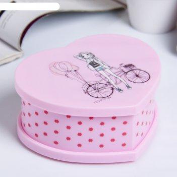 Шкатулка пластик музыкальная механическая девушка с велосипедом 6,2х14,5х1