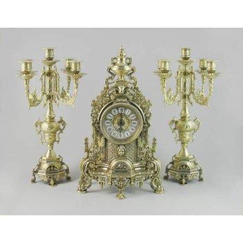 Каминный набор: часы каминные и 2 канделябра (из бронзы)