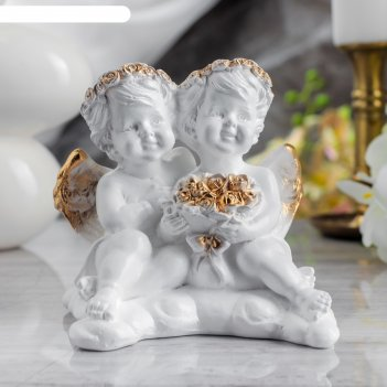 Статуэтка ангелы пара с букетом золото