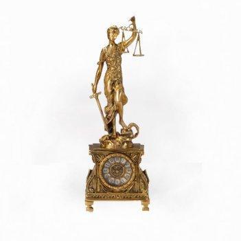 Часы каминные правосудие