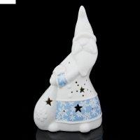 Подсвечник керамика дед мороз с мешком подарков синий узор, 19,7х11х7 см