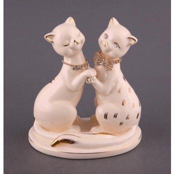 Фигурка пара кошек белые длина=18 см.высота=19 с...