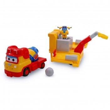 Игрушечная машинка «рэми», с мини-трансформером «донни»