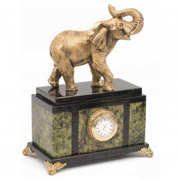 Часы слон змеевик статуэтка мрамолит 170х100х220 мм 2100 гр.