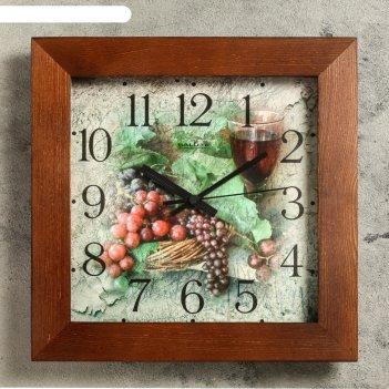 Часы настенные квадратные гроздья винограда, деревянные