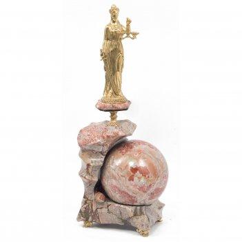 Статуэтка фемида на шаре бронза креноид 140х100х340 мм 3760 гр.
