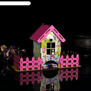 Чайный домик розовый заборчик